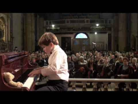 Michael Andreas Haeringer - Haydn Sonata Hob-XVI-32 Finale Presto